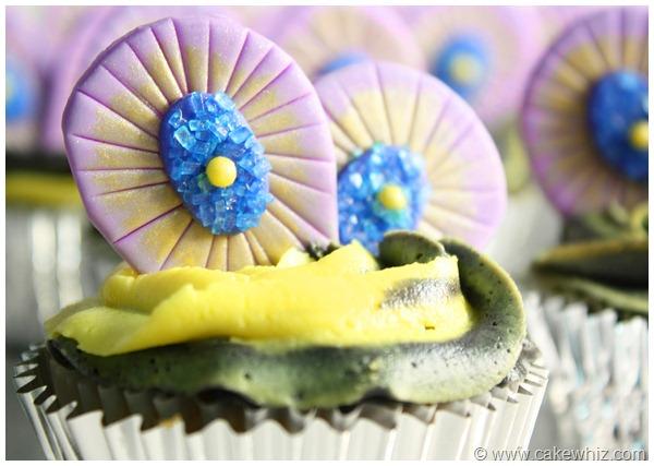 peacock cake 12